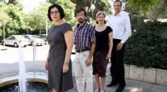 Prof. Irit Sagi, Dr. Dmitry Tworowski, Moran Grossman and Dr. Benjamin Born. Water dymanics